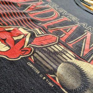 Shirts - VINTAGE INDIANS CLEVELAND TEE
